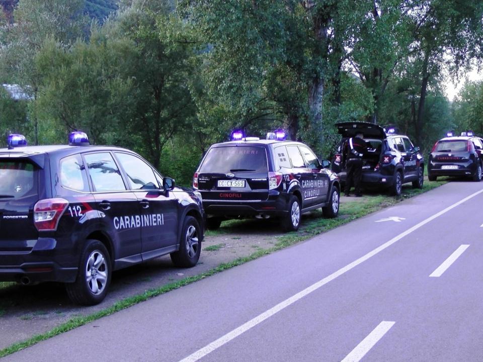 20170915-carabinieri-lungo-la-ciclabile-del-fiume-talvera