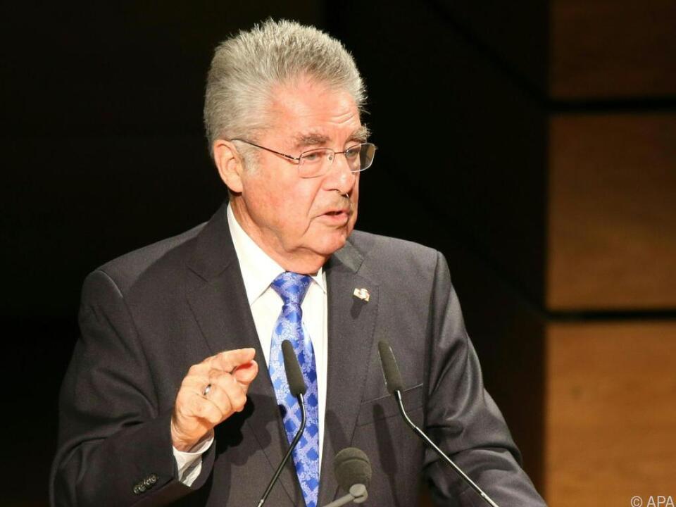 Altbundespräsident Fischer gibt sich die Ehre
