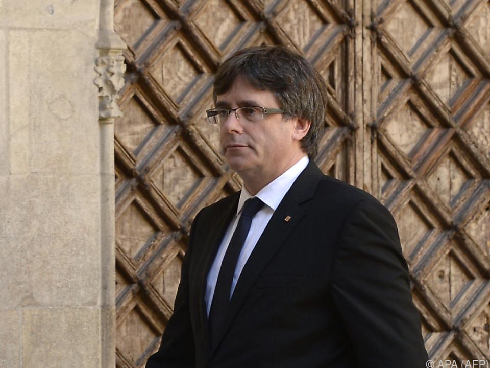 Carles Puigdemont hält am Referendum fest