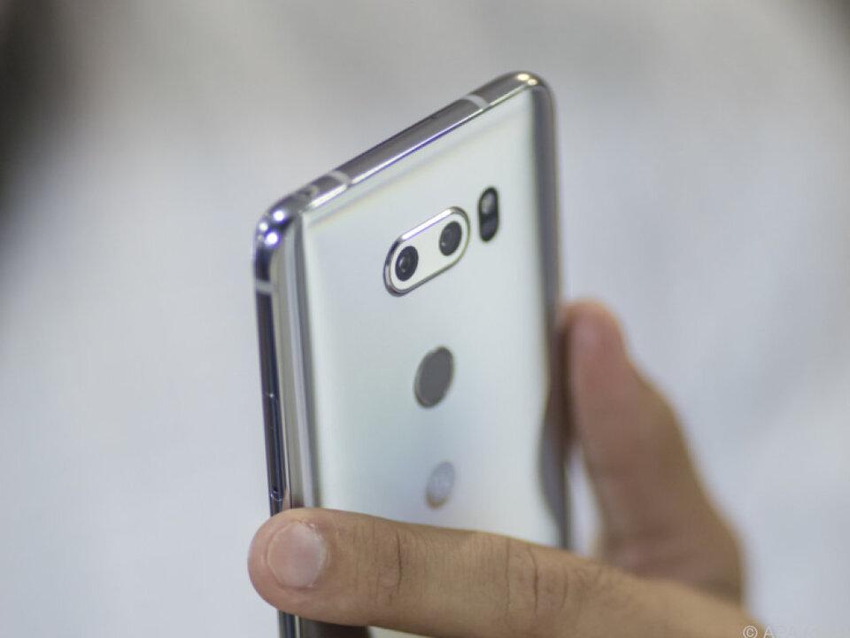 Beim V30 setzt LG auf eine Doppelkamera