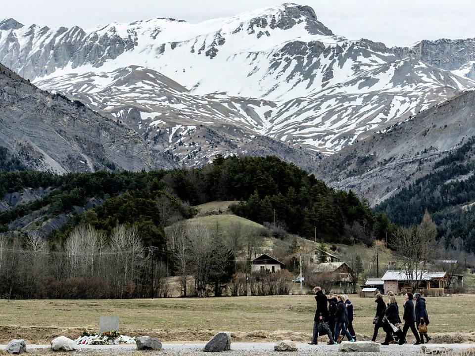 Der Flieger zerschellten in den Bergen Frankreichs