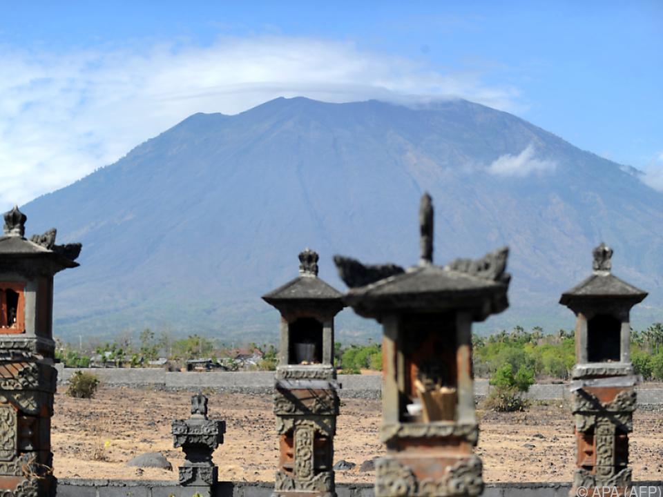 Der Mount Agung droht auszubrechen
