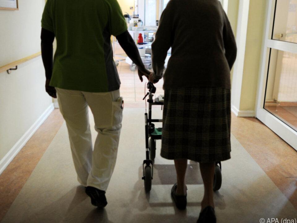 Die beiden Täter waren im selben Pflegeheim tätig pflege senior altersheim