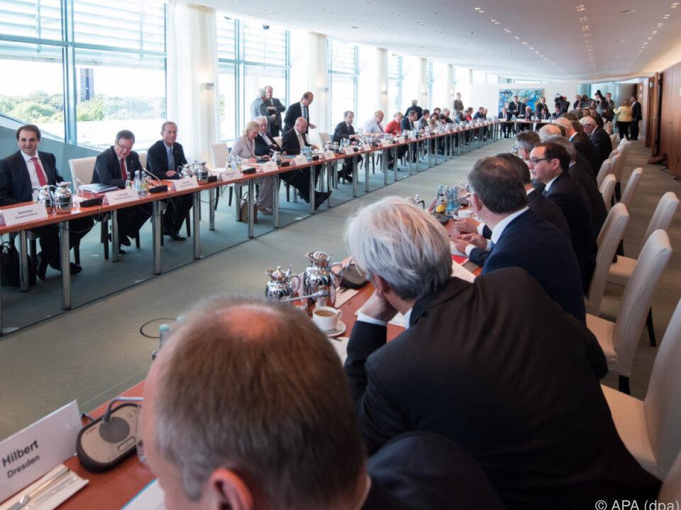 Diesel-Gipfel mit Kommunen im deutschen Kanzleramt