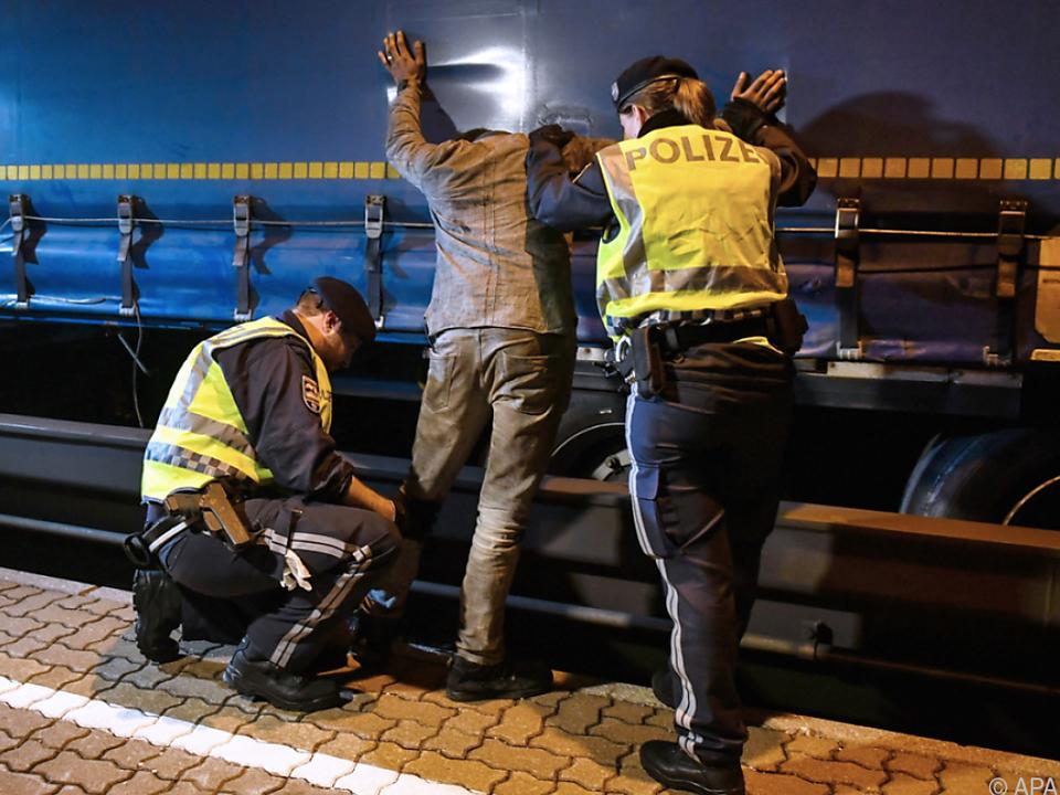 EU will längere Grenzkontrollen im Schengenraum zulassen