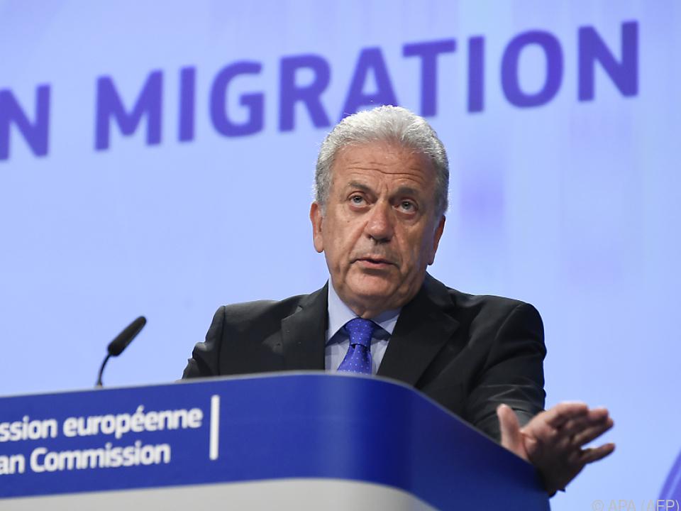 EU-Innenkommissar Avramopoulos verlangt Solidarität