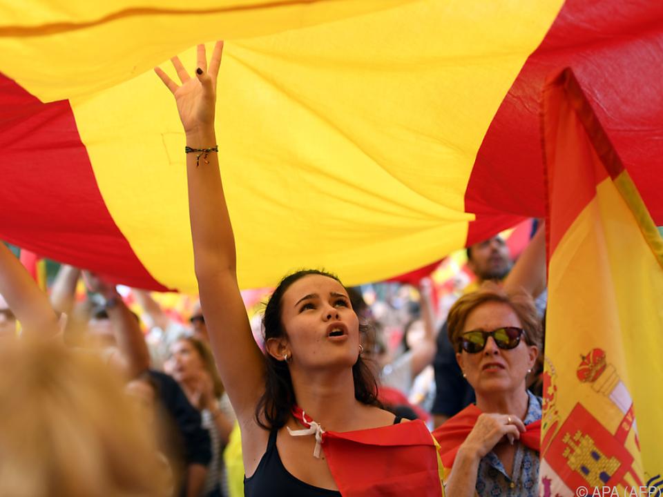 Für und gegen das Referendum wird protestiert