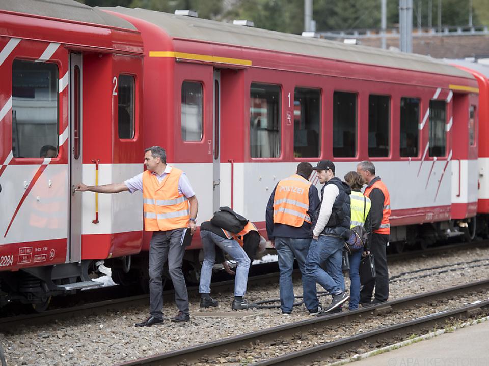 Garnitur der Matterhorn-Gotthard-Bahn betroffen