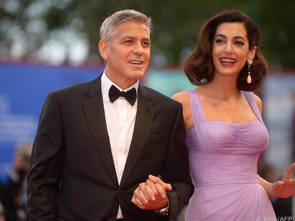 George und Amal bei der Premiere von \