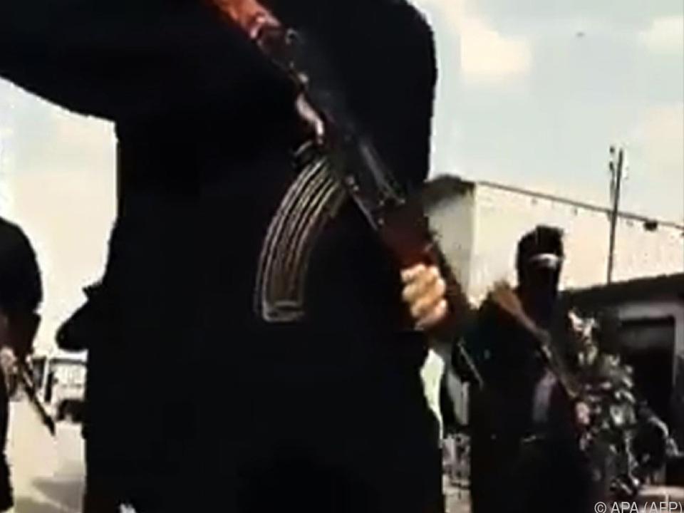 Hauptstadt des sogenannten Islamischen Staates steht vor dem Fall