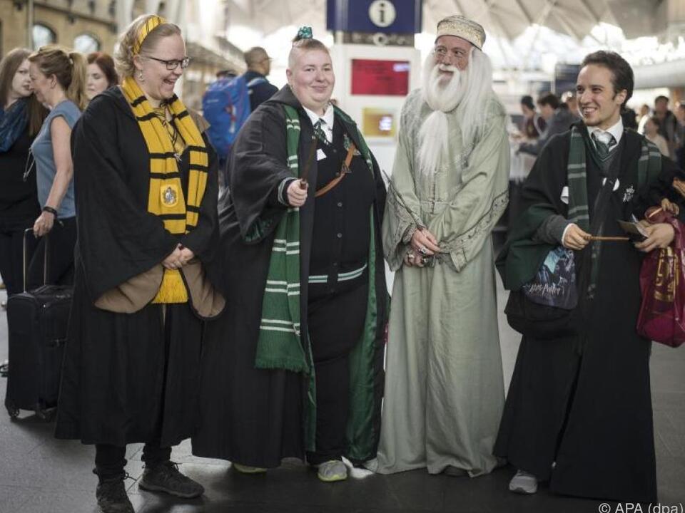 In King\'s Cross beginnt die Reise nach Hogwarts