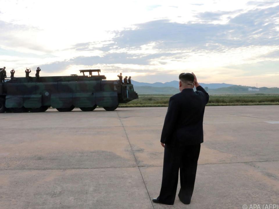 Kim Jong-un zeigt sich weiter unbeeindruckt