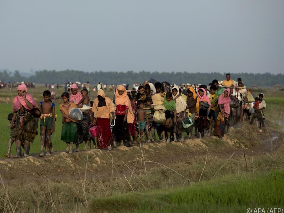 Laut UNO flohen bereits mehr als 233.000 Menschen aus Myanmar