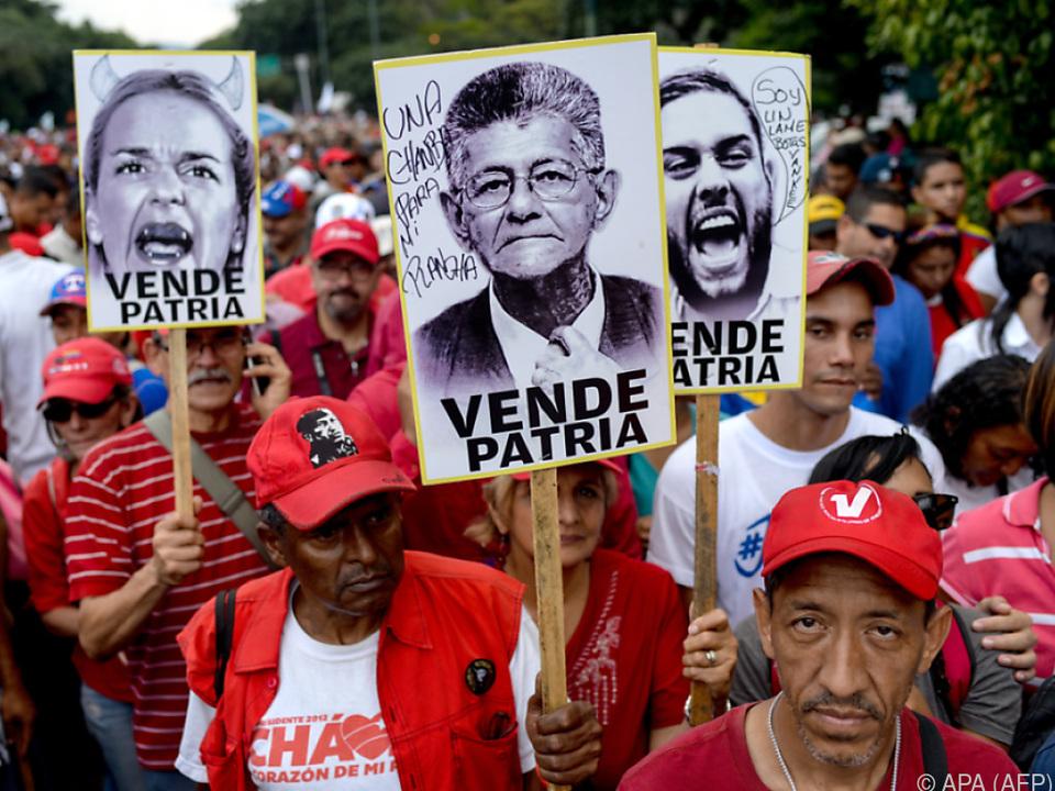 Maduro-Fans \