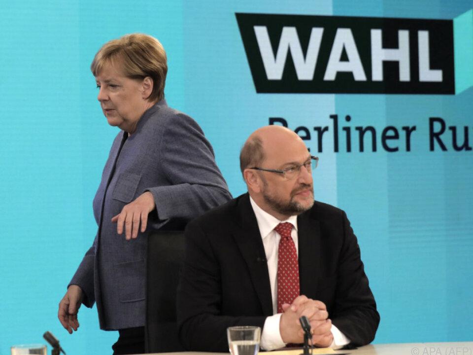 Massive Stimmenverluste für Merkel und Schulz