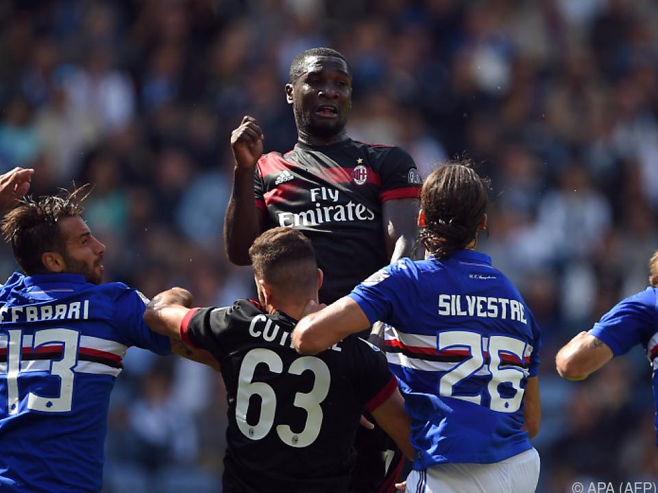 Milan büßte im Meisterschaftskampf Boden ein