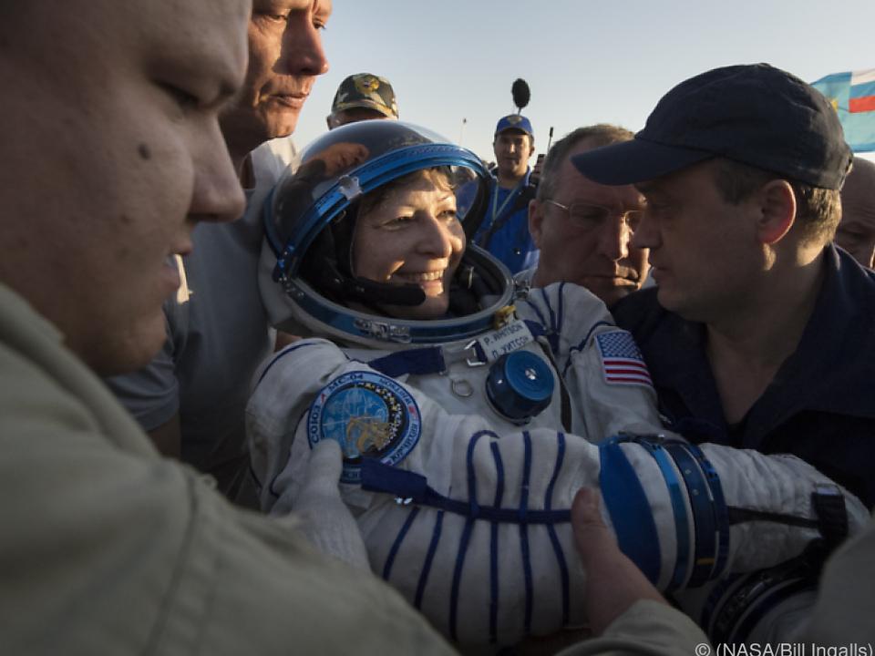 NASA-Astronautin Peggy Whitson wieder auf der Erde