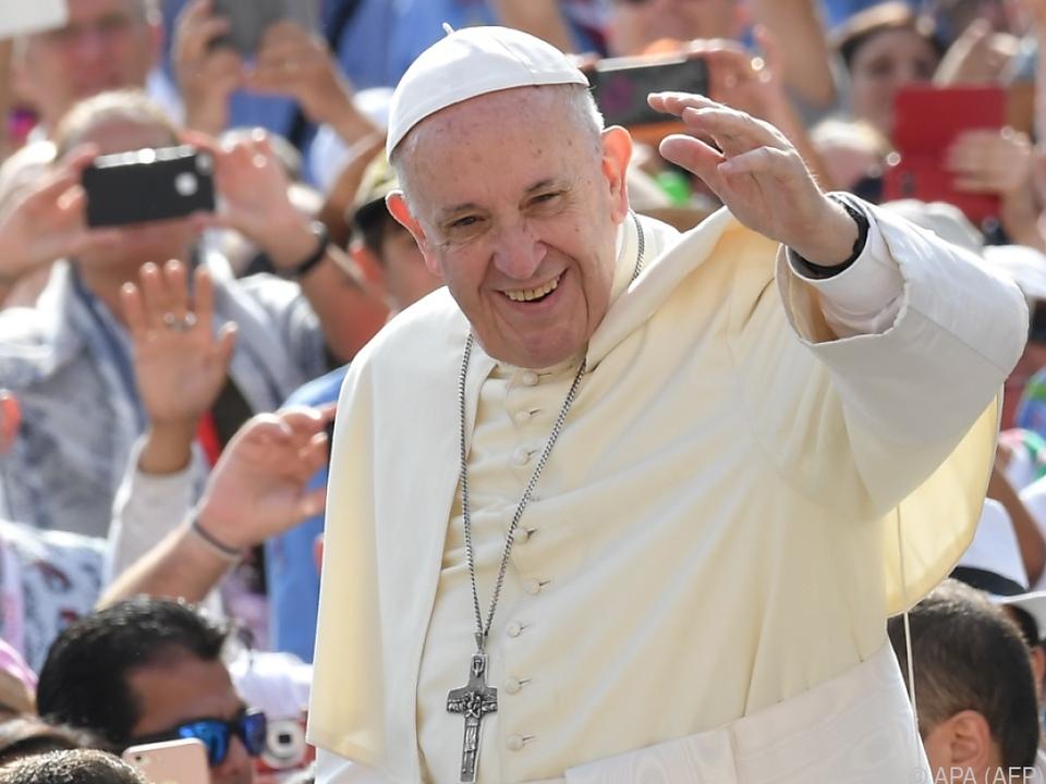 Papst Franziskus reist nach Kolumbien