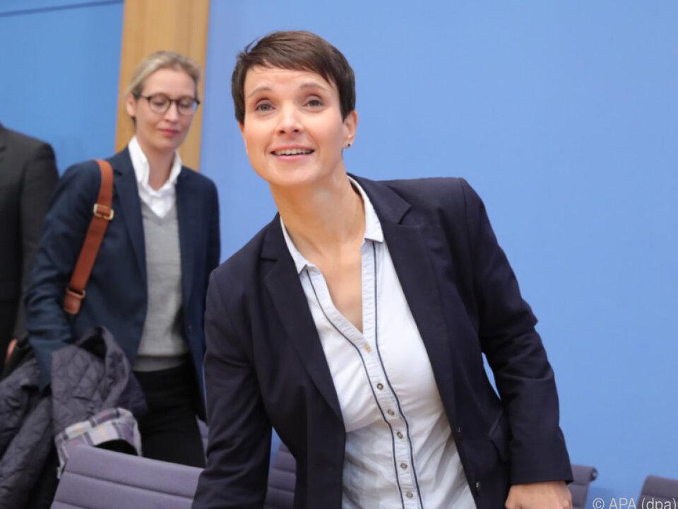 Petry unterlag im AfD-Richtungsstreit vor der Wahl