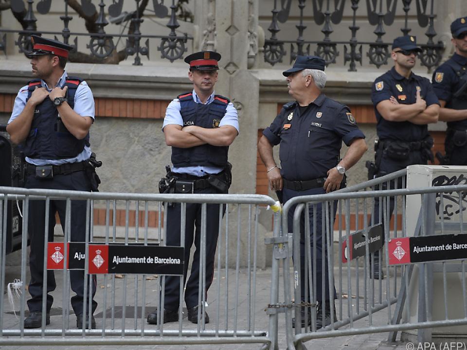 Polizeikräfte in Katalonien werden verstärkt