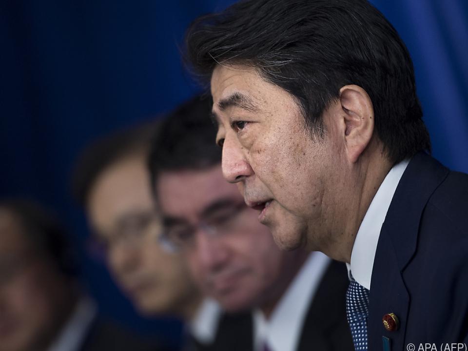 Regierungschef Abe wird Parlament am 28. September auflösen