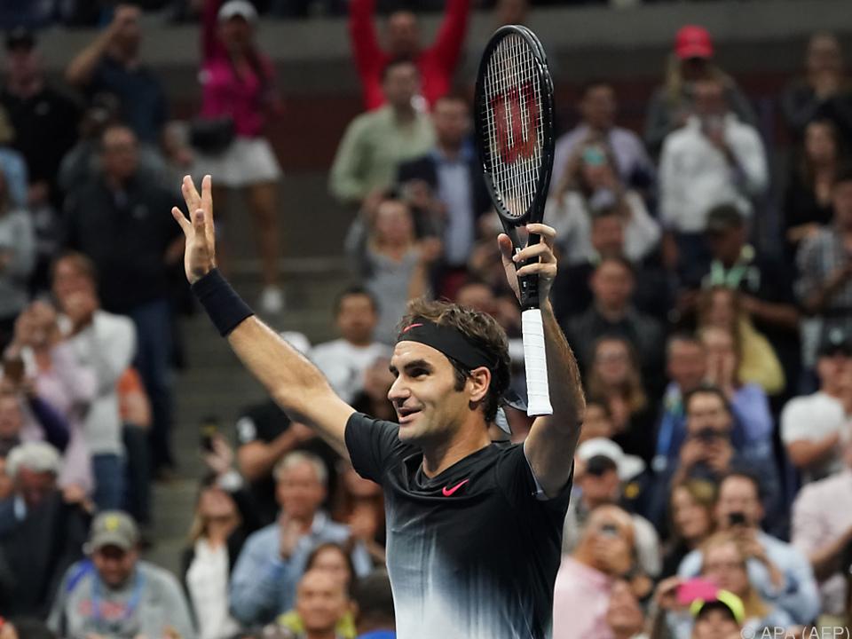 Roger Federer schlug Feliciano Lopez in drei Sätzen