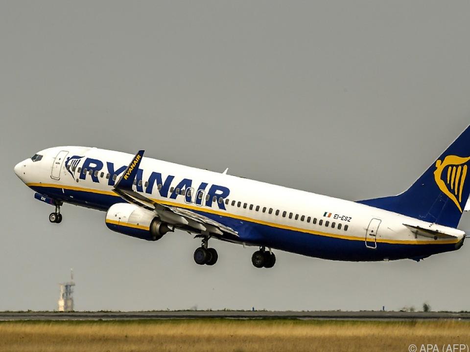 Ryanair will Pünktlichkeit ihrer Flüge verbessern
