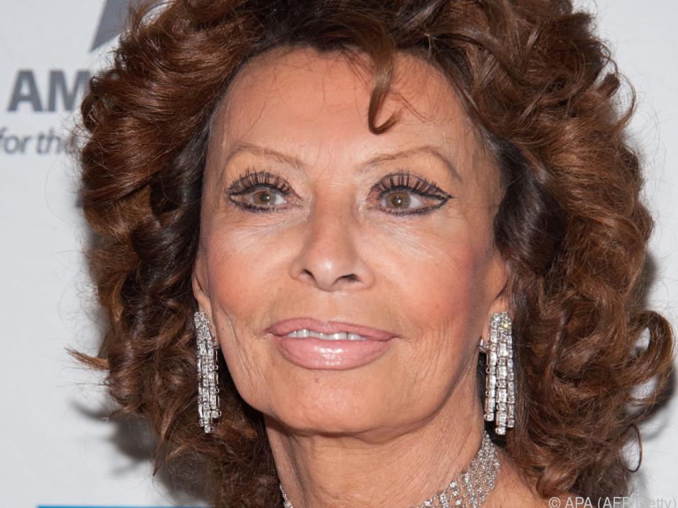 Sophia Loren von Begegnung mit dem Papst tief beeindruckt