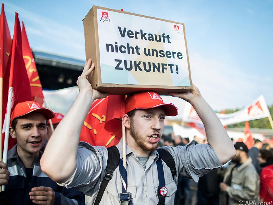 Tausende versammelten sich zum Demonstration in Bochum