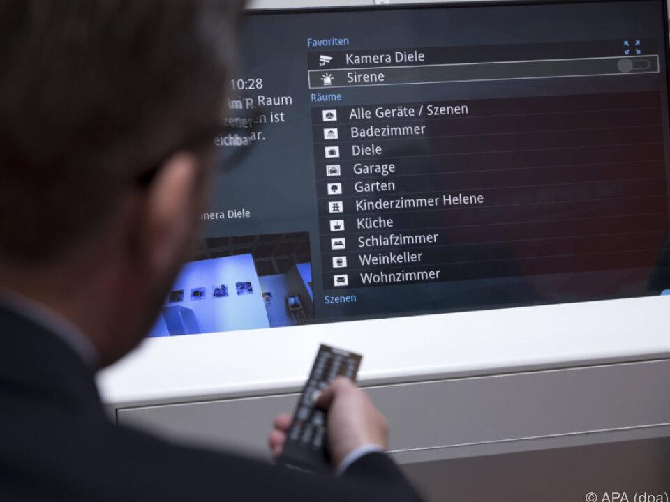 Über den Fernseher lassen sich alle vernetzte Geräte aufrufen