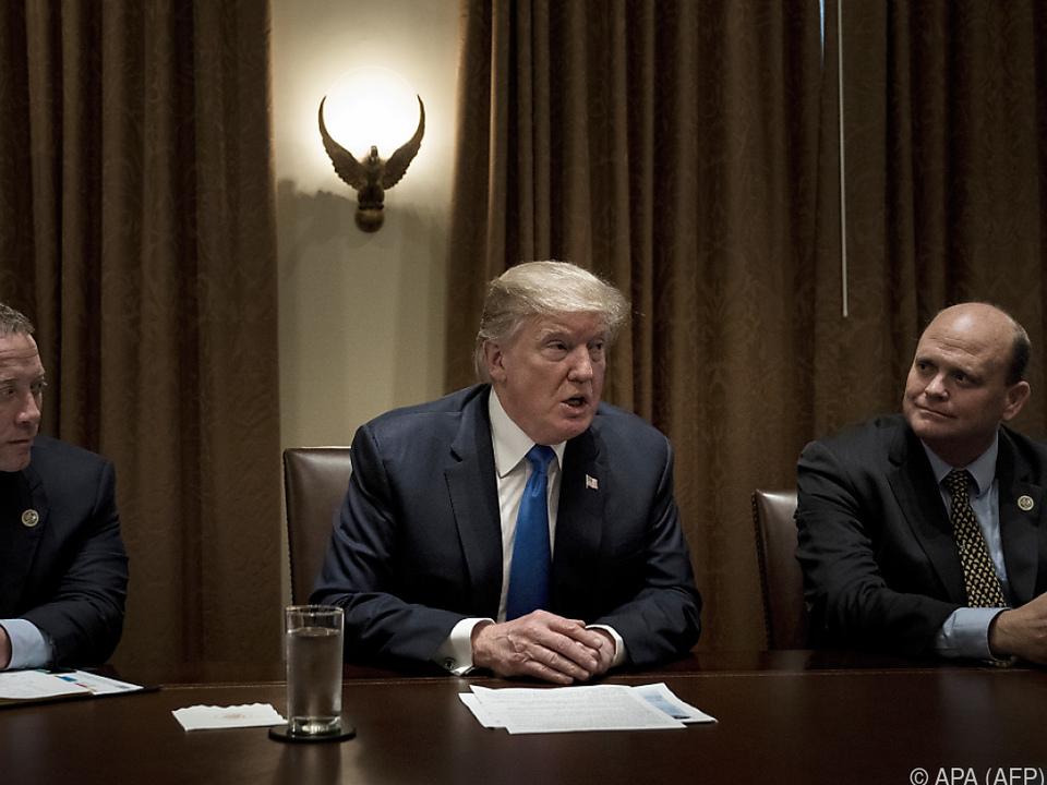 Überraschend - Trump und Demokraten sind sich einig