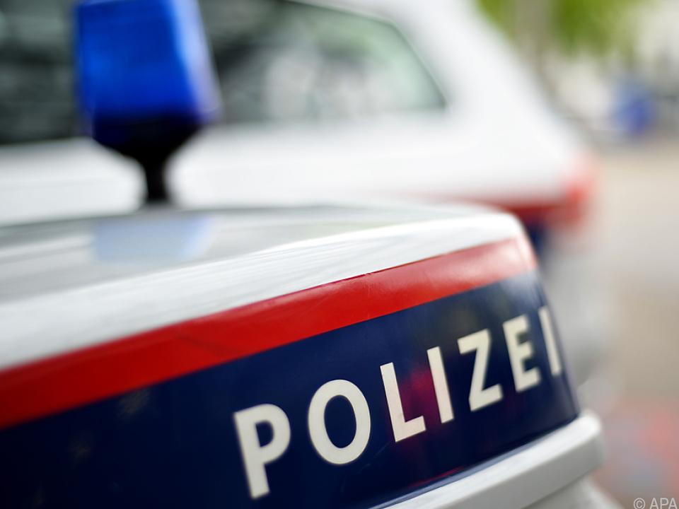 Der Lenker blieb laut Polizei unverletzt