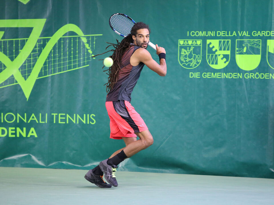dustin-brown-7