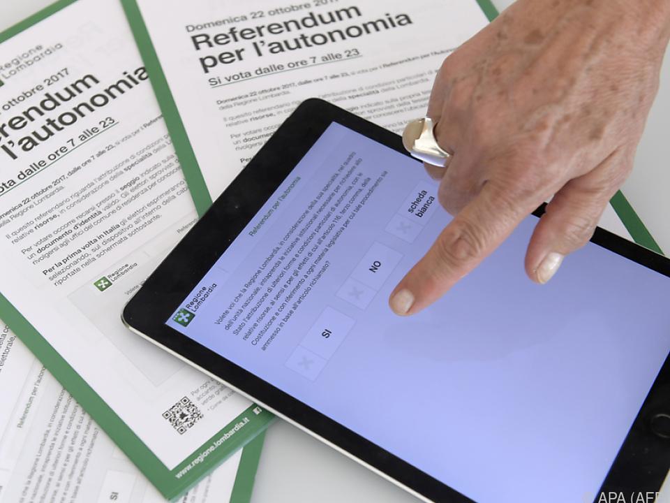 Erstmals in Italien wurde mit Tablets gewählt