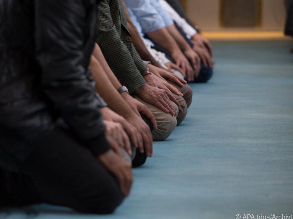 IGGÖ will sachliche Diskussion islam moslem beten sym