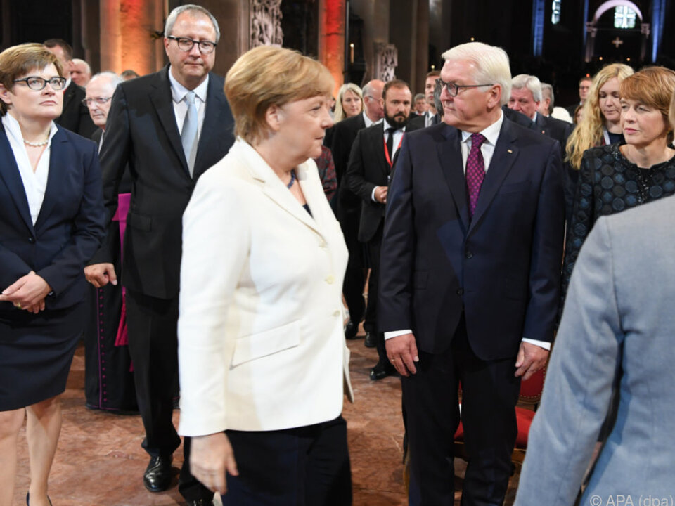 Politik begeht Tag der Deutschen Einheit