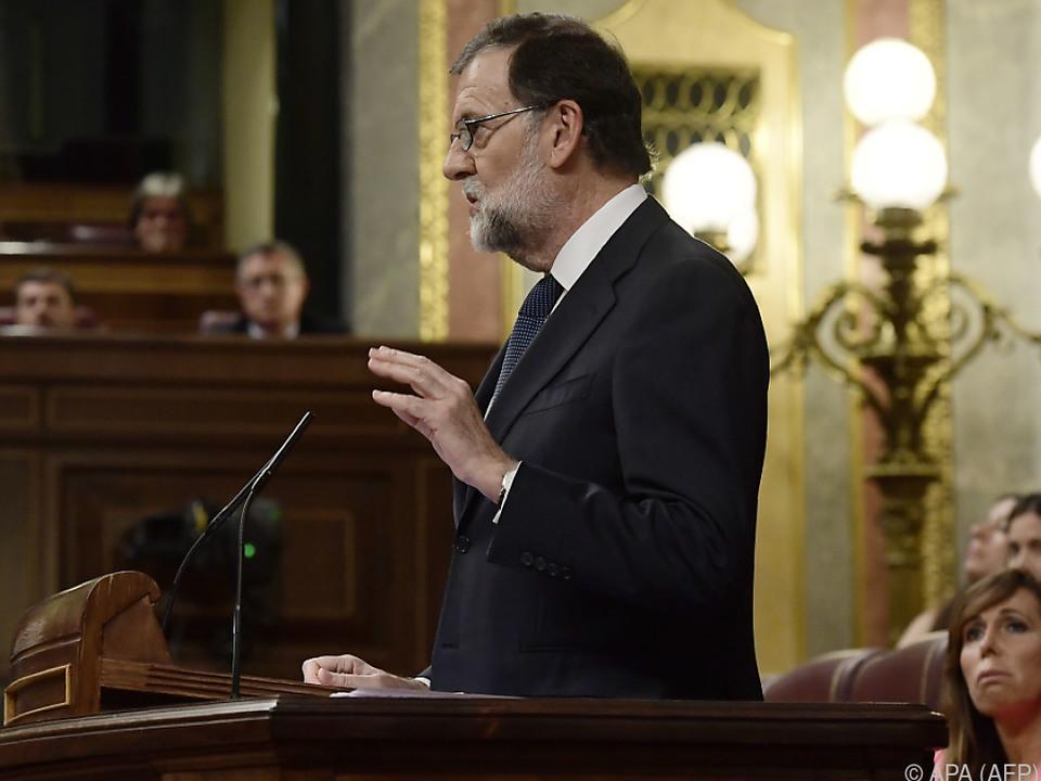 Rajoy rief Kabinett für Samstag zusammen