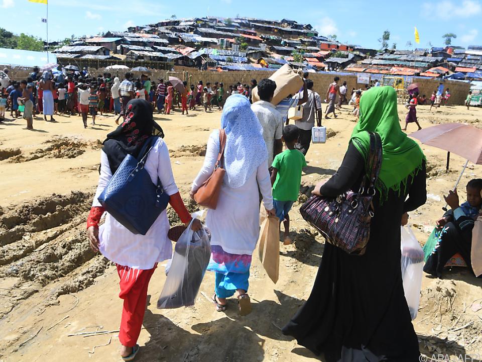 Schon über eine halbe Million Rohingya sind geflüchtet