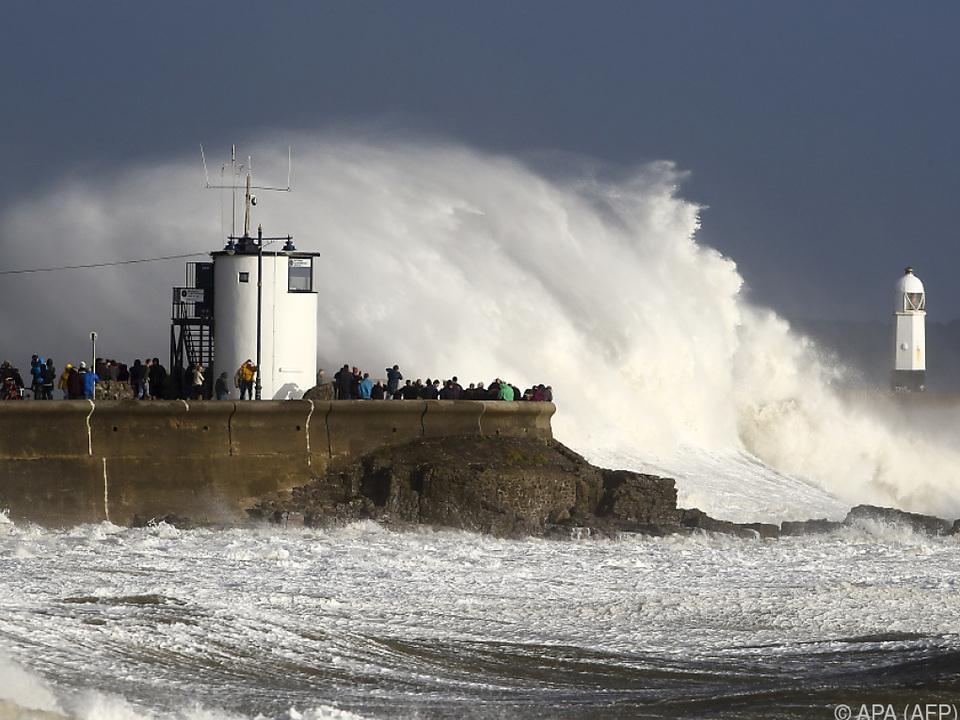 Schottland, Wales und der Nordwesten Englands sind gewarnt