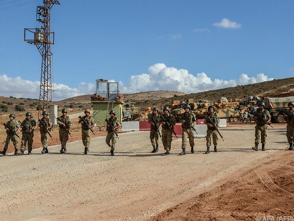 Türkische Armee errichtet Beobachtungsposten im syrischen Idlib