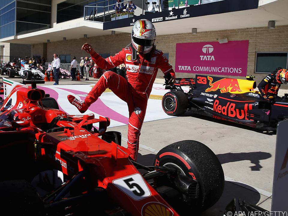Vettel sieht sich selbst bereits aus dem WM-Rennen
