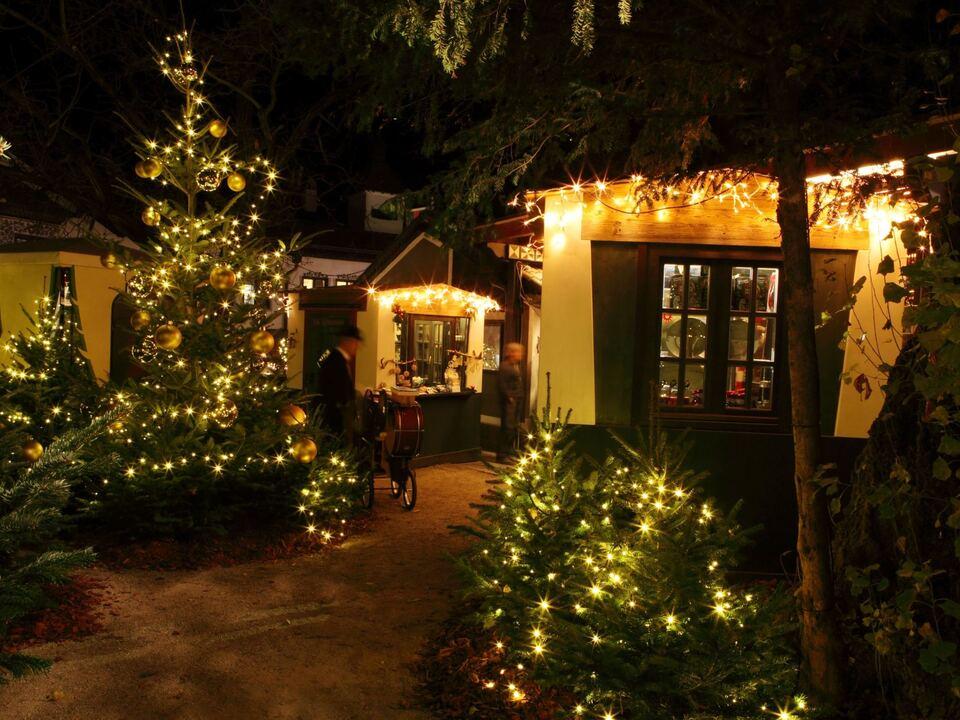 2_casette-gastronomiche-foresta-natalizia_gastronomische-weihnachtshutte