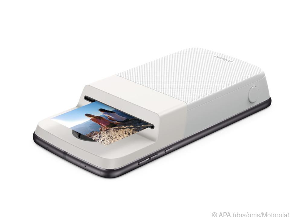 Motorola bringt Sofortbilddrucker für Moto-Z-Smartphones