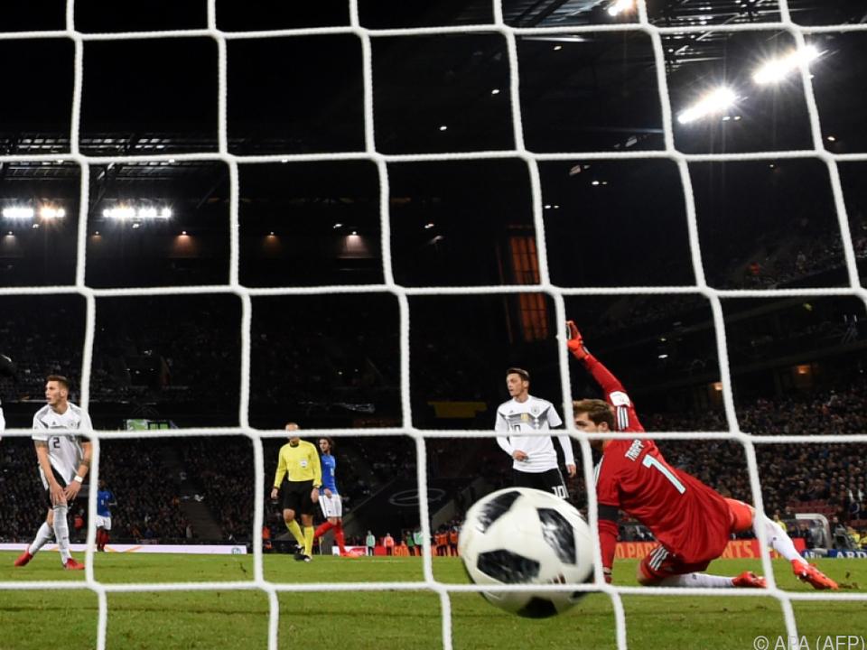 Die Partie ging hin und her, die Fans in Köln sahen vier Tore