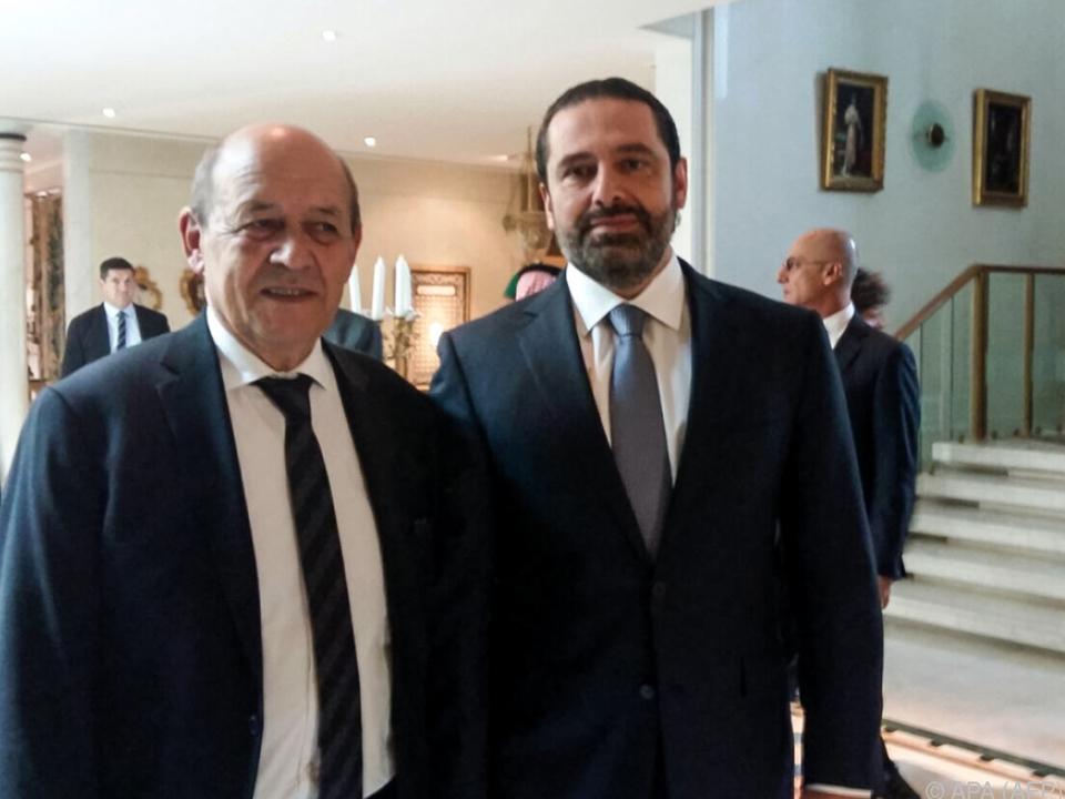 Frankreichs Außenminister Le Drian (l.) mit Premier Hariri in Riad