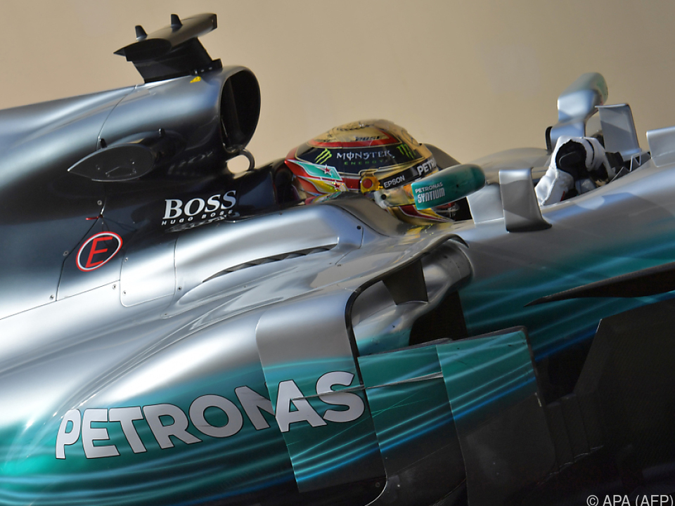 Hamilton auch im ersten Abu-Dhabi-Training dominant