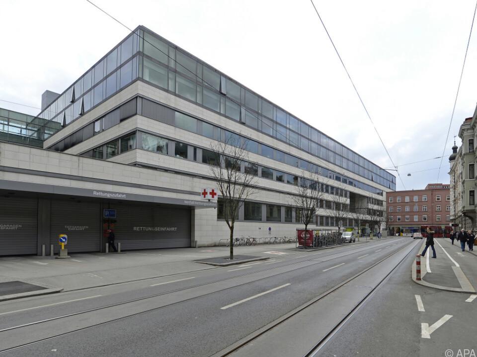 Kleinkind in Klinikum Innsbruck eingeliefert