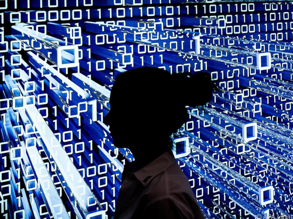 Österreich wird immer vernetzter digital internet hacker computer pc sym