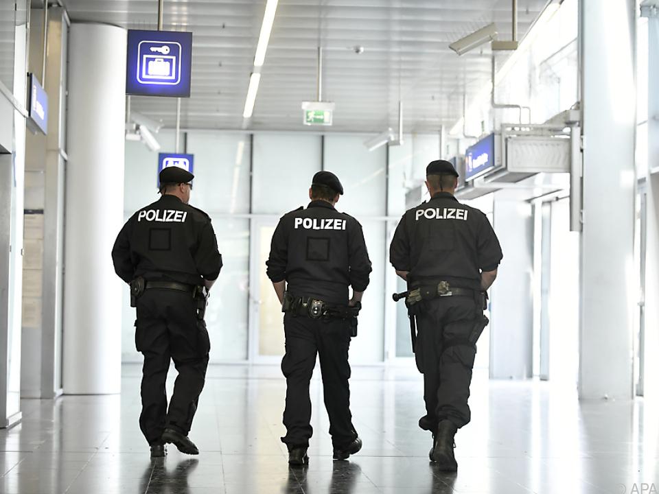 Polizisten als Lebensretter im Einsatz