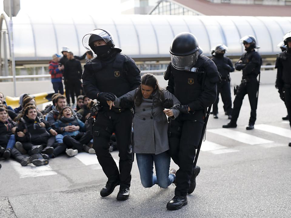 Streiks lähmen Katalonien